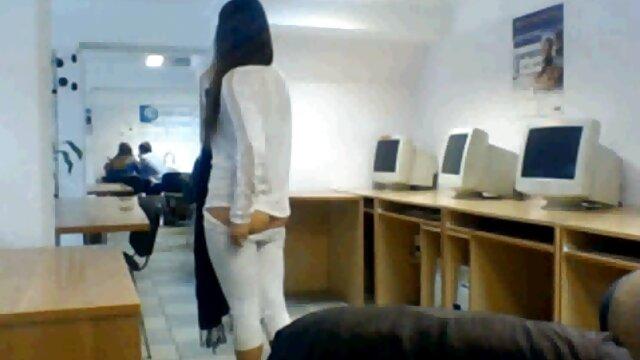 الاستمناء من فتاة جنس اجنبى مترجم حامل
