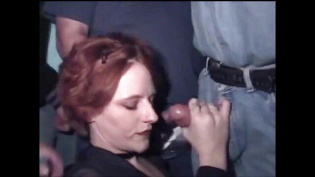 18 سنة من العمر الروسية مثليات سخيف فيلم جنس اجنبى في الحمام