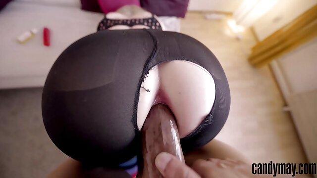 حشد من الفتيات يمارس الجنس مع رجل في حفلة جنسية خاصة جنس ونيك اجنبي