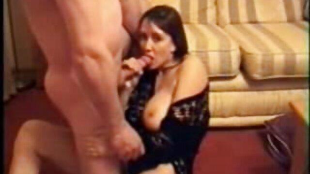 رجل potbelly مارس الجنس فرس النبي مباشرة جنس اجنبي مترجم في طريقة الجودة